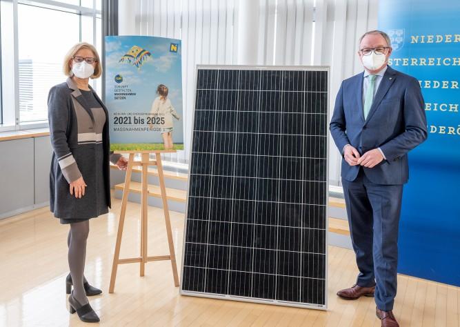 LH Mikl-Leitner und LH-Stellvertreter Pernkopf präsentierten Klima- und Energieprogramm 2021 - 2025