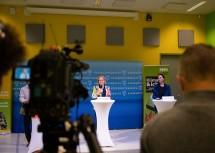 Landeshauptfrau Mikl-Leitner stellte die Nachhaltigkeitsstandards im Kulturbereich vor.