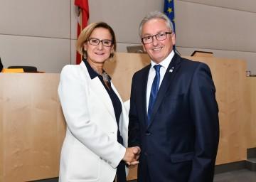 Landeshauptfrau Johanna Mikl-Leitner und Bundesrats-Präsident Karl Bader